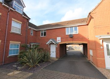 2 bed flat to rent in Banquo Approach, Heathcote, Warwick CV34