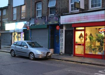 Thumbnail Restaurant/cafe to let in Salmon Lane, London