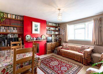 Chestnut Grove, London W5. 2 bed maisonette