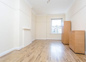 Thumbnail 6 bed flat to rent in Hendon Hall Court, Parson Street, London