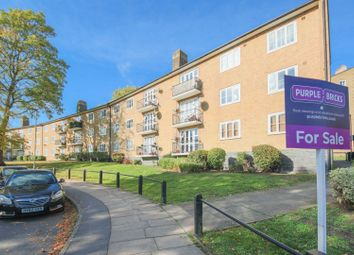 Thumbnail 3 bed flat for sale in Sydenham Avenue, Sydenham