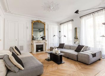 Thumbnail 3 bed apartment for sale in Rue Quentin Bauchart, Paris-Ile De France, Île-De-France
