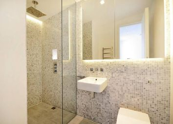 Thumbnail 1 bed flat to rent in Shirland Mews, London