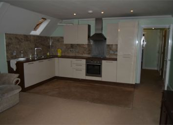 Thumbnail 2 bed flat to rent in 359 Vicarage Farm Road, Hounslow, Greater London