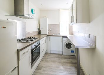 Thumbnail 2 bed flat for sale in Mungalhead Road, Falkirk