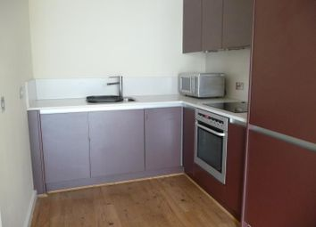 1 bed flat to rent in St Martins Gate, Worcester Street, Birmingham B2