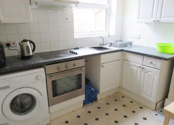 Thumbnail 4 bed flat to rent in Commercial Road, Southampton