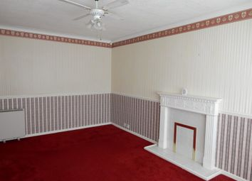 Thumbnail 2 bedroom flat for sale in 18 Boston Court, Newcastle, Tyne And Wear