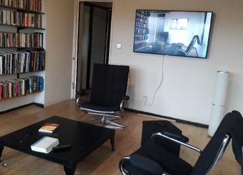 Thumbnail 2 bed detached house to rent in Grantham Road, Clapham, London