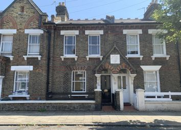 Thumbnail 2 bed property for sale in 126 Eversleigh Road, Battersea, London