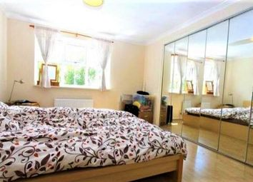Thumbnail 4 bed flat to rent in Windmill View, Brighton