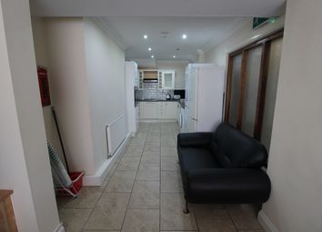 Thumbnail 5 bed town house to rent in Chapel, Preston