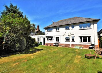 2 bed flat for sale in Rosecourt, Roselands, Sidmouth, Devon EX10