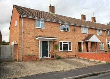Thumbnail 4 bed detached house for sale in Honeycross Road, Hemel Hempstead