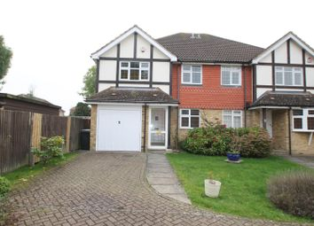Thumbnail 4 bed property to rent in The Birches, Bushey
