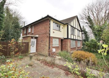 Thumbnail 2 bed maisonette for sale in Queens Road, Buckhurst Hill