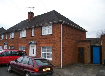 Thumbnail 2 bed flat to rent in Dean Street, Marlow, Buckinghamshire