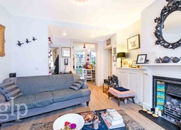 Thumbnail 2 bed flat to rent in Mercer Street, Covent Garden