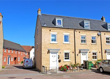 3 bed end terrace house for sale in Field Acre Way, Long Stratton, Norwich, Norfolk NR15