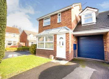 3 bed end terrace house for sale in Pear Tree Hey, Yate, Bristol BS37