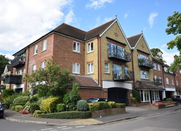 Thumbnail 2 bed flat to rent in Queens Road, Thames Ditton