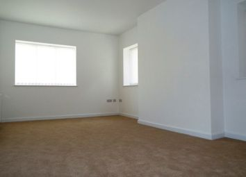 Thumbnail 2 bed flat to rent in Sheep Street, Bicester