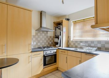 Thumbnail 3 bedroom flat to rent in Castlehaven Road, London