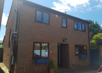 3 bed property to rent in The Paddock, Canterbury CT1