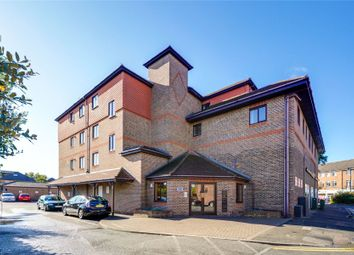 Holden Place, Freelands Road, Cobham, Surrey KT11. 2 bed flat