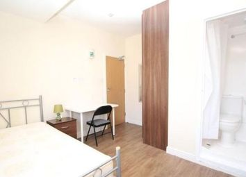 Thumbnail Room to rent in Homesdale Road, Bromley South