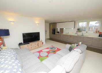 Thumbnail 3 bed flat for sale in Basildon Court, Cholsey, Wallingford