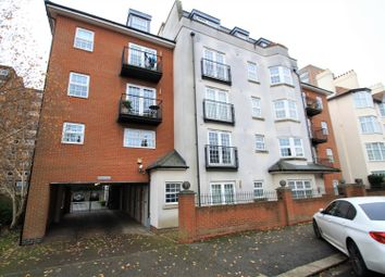 Ravens Court, Alexandra Road, Southend-On-Sea SS1. 2 bed flat