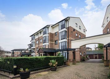 Thumbnail 4 bedroom town house to rent in Barnsfield Place, Canary Wharf - Mudchute DLR