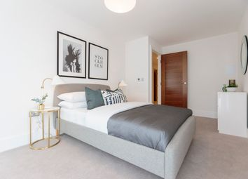 Thumbnail 2 bedroom flat for sale in Bishops Road, Highgate