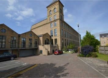 Thumbnail 2 bed flat for sale in Meadow Road, Apperley Bridge