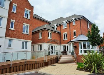 Thumbnail 1 bed flat for sale in Crayshaw Court, Reading