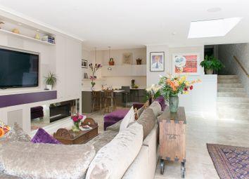 Thumbnail Serviced flat to rent in Castelnau, London