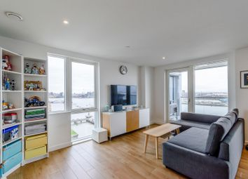 3 bed flat for sale in Bessemer Place, London SE10