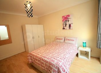 Room to rent in Ellesmere Road, London, Greater London NW10