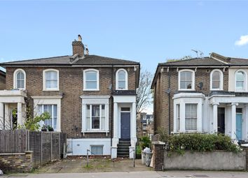 Askew Road, London W12. 2 bed flat for sale