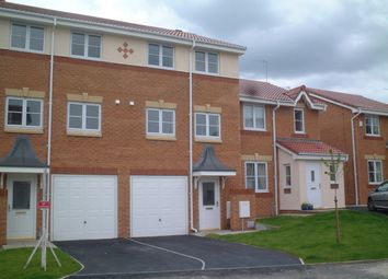 Thumbnail 3 bedroom town house to rent in Iona Gardens, Sutton, St. Helens