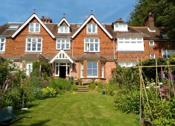4 bed property for sale in Luxfords Lane, East Grinstead RH19