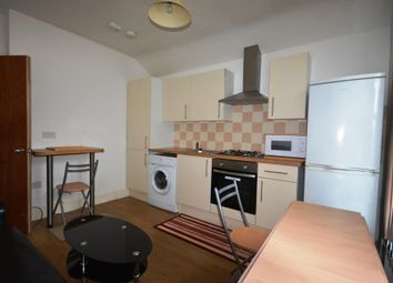 Thumbnail 4 bed flat to rent in Ashburnham Road, Bedford