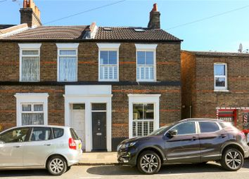 3 bed property for sale in Alexandra Road, Windsor, Berkshire SL4