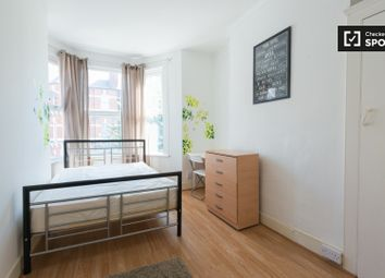 Thumbnail Room to rent in Abbotsford Avenue, London