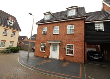 Thumbnail 5 bed link-detached house for sale in Frobisher Gardens, Chafford Hundred, Grays