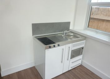 Thumbnail Studio to rent in Elizabeth Way, Harlow