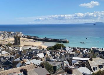 Thumbnail 2 bed flat for sale in Park Avenue, St. Ives