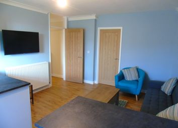 Thumbnail 5 bedroom flat to rent in Eastgate Street, Winchester