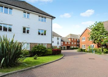 Thumbnail 2 bedroom flat for sale in Albion Way, Edenbridge
